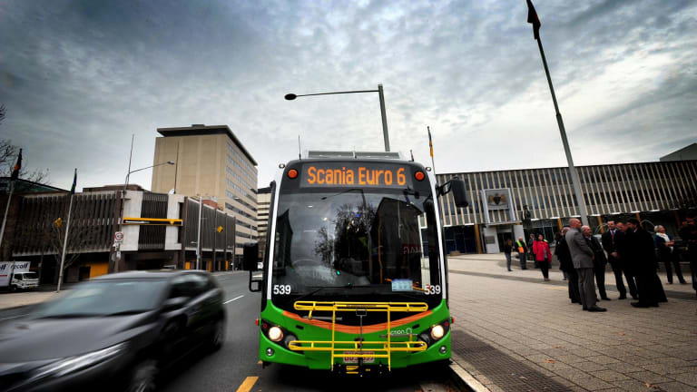Customer satisfaction rating for Canberra's bus network have improved but still fall short of targets.