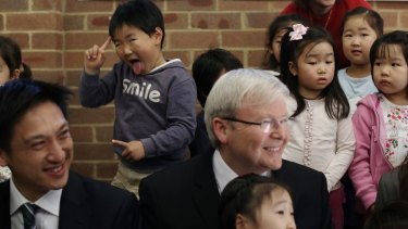 Then-prime minister Kevin Rudd on the hustings in Bennelong in 2013.