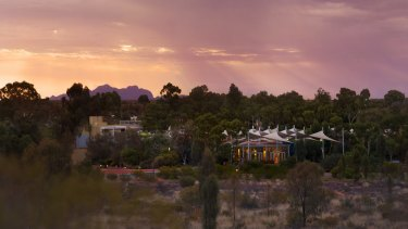 Sails in the Desert: The Ayers Rock Resort is surrounded by dunes.