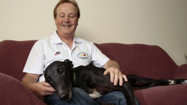 Greyhound breeder Alan Tutt is hoping La Pearl's son Rare Pearl can win the greyhound equivalent of the Melbourne Cup.