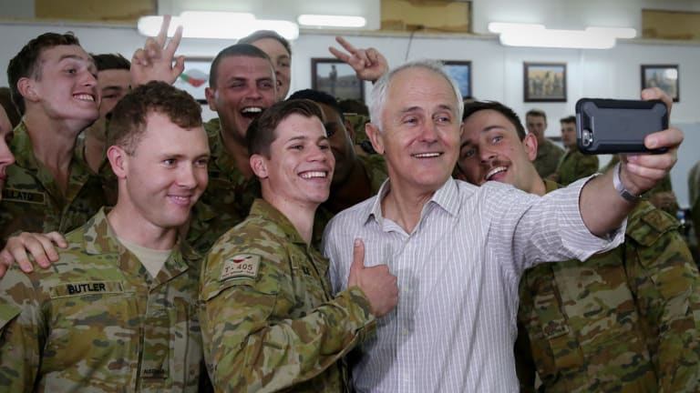 Malcolm Turnbull with Australian troops in Iraq on Sunday.