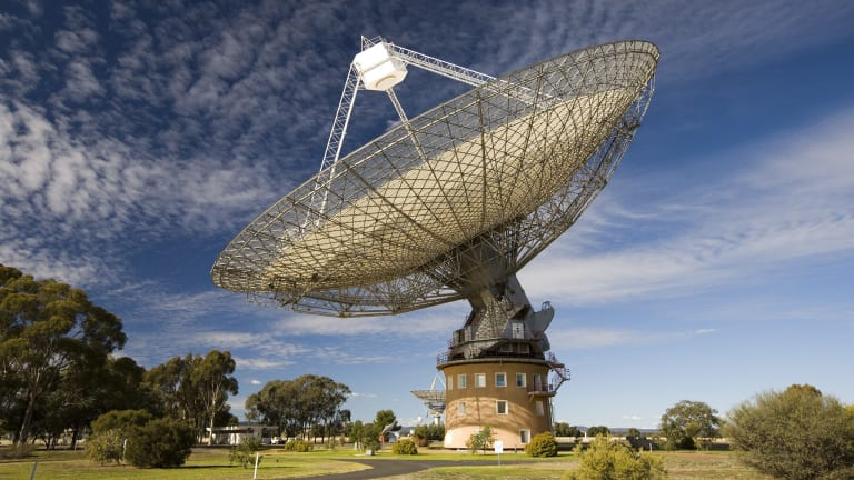 CSIRO's radio telescope in Parkes may be under threat.