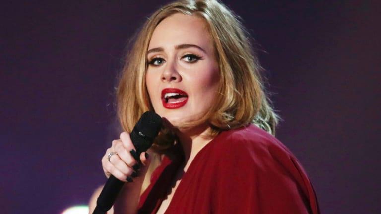 Adele has announced she will tour Australia in 2017.