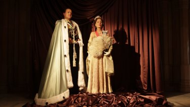 Hugh Bonneville and Gillian Anderson as Lord and Lady Mountbatten.