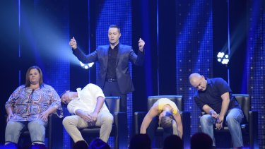Hypnotist Keith Barry in <i>You're Back in the Room</i>.