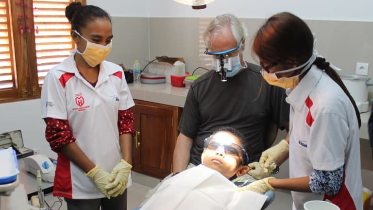 Dental Health Services Victoria will provide $60,000 over the next three years to fund a new dental clinic in East Timor.