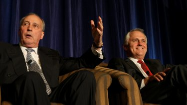 Paul Keating says he would join Malcolm Turnbull in a push to revive a republic.