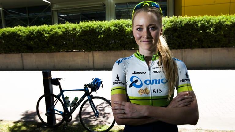 Mitchelton-Scott rider Gracie Elvin wants a minimum wage for professional female cyclists.