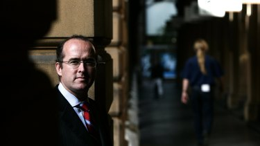 IOOF's Tim Gunning also worked at the Commonwealth Bank of Australia.
