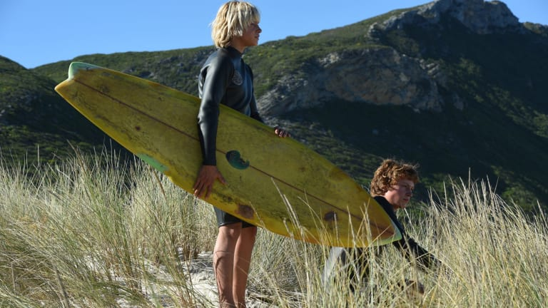 Surfing becomes the path to manhood for two teenagers in Breath.