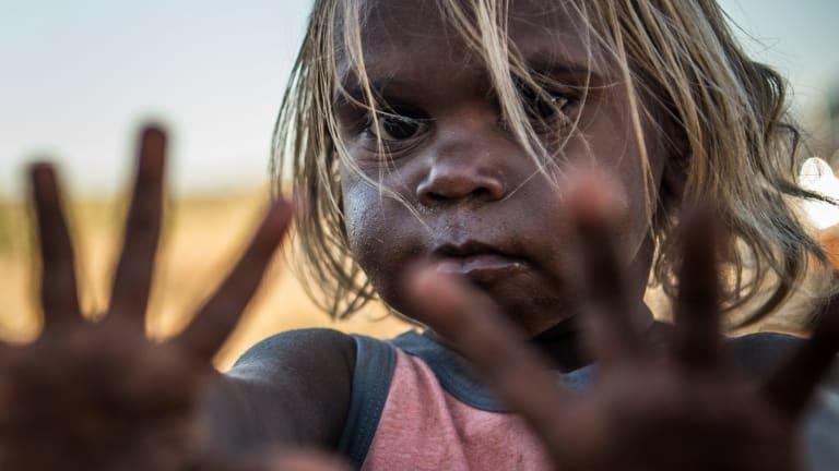 A young Amata girl.