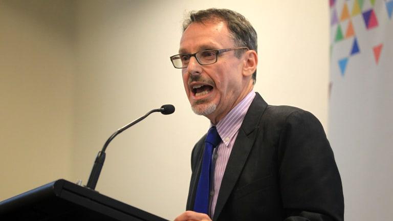 Greens MP John Kaye wants the Sydney desalination plant mothballed.