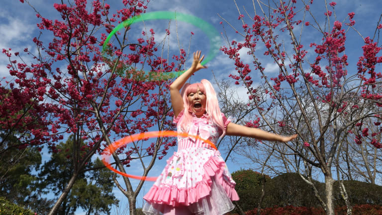 Shiho Sparkle Hooper,  a hula hoop performer, will appear at the Auburn Botanical Gardens for the cherry blossom festival.