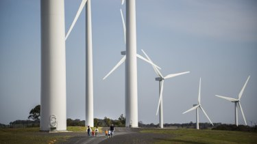 The Abbott government has vowed to clamp down on wind energy in negotiations with crossbench  senators to secure support for its renewable energy target legislation.