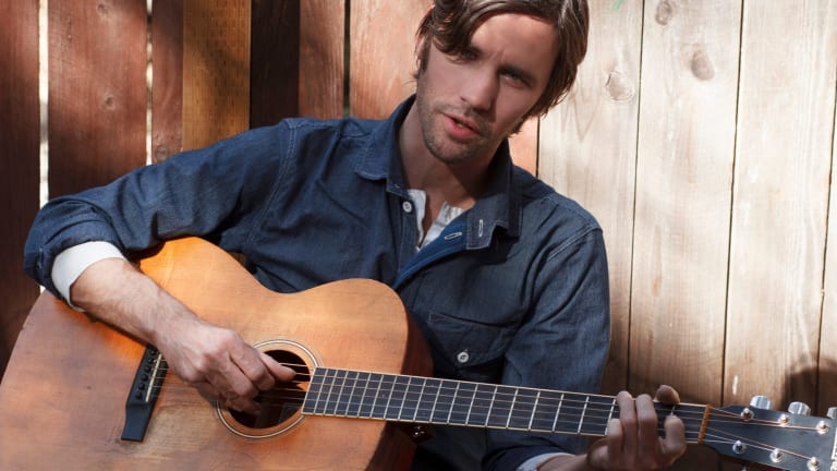 Willie Watson is playing Out on the Weekend.