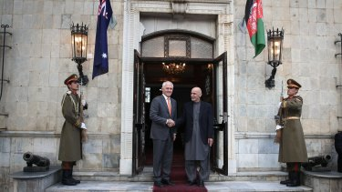 Malcolm Turnbull is greeted by the President of Afghanistan, Ashraf Ghani at the Presidential Palace