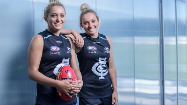 Jess and Sarah Hosking, identical twins, will finally play AFLW together in 2018.