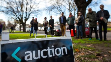 A prestige property has passed in at auction following a last-ditch council heritage protection.