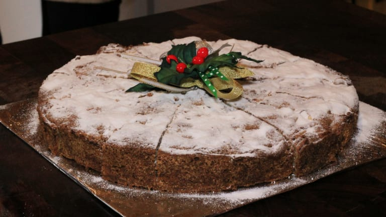 Pam Scott's apple pecan cake.