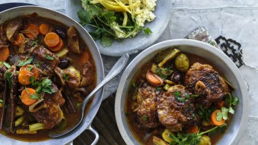 Chicken tagine with figs and olives.