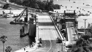 The old and the new Spit Bridge on November 19, 1958.