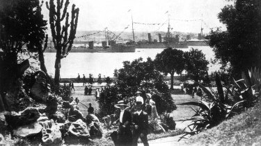 The view from the gardens of the first entry of the Royal Australian Navy Fleet into Sydney on October 4, 1913.