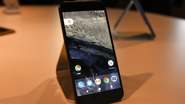 Google Pixel: stand aside smartphone, the genius phone is ...