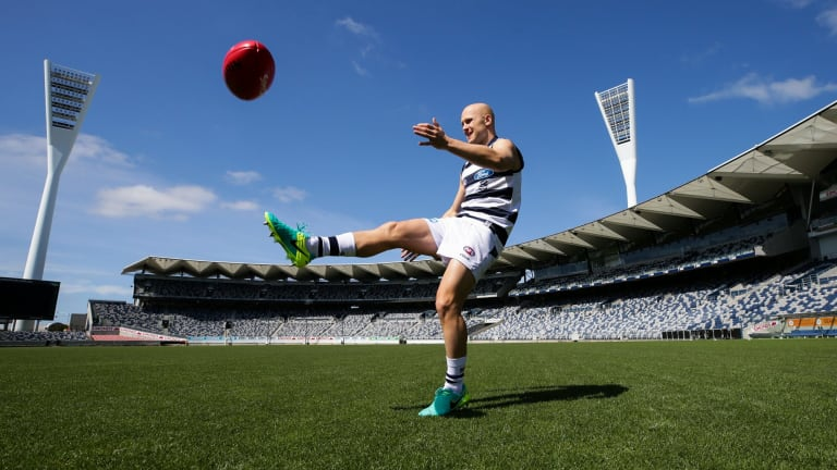 Gary Ablett has a kick on his (new) old turf.