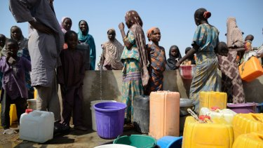 Food Distribution in Goni Kachallari in Maiduguri, where about 340 families receive rations.