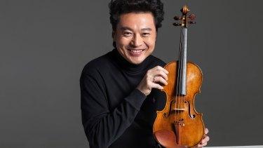 Chinese violinist Lu Siqing.