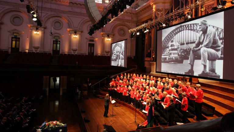 A trade union choir fills Sydney's Town Hall with music for Tom Uren's state funeral.