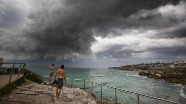 The storm hits Tamarama Beach in the early evening.