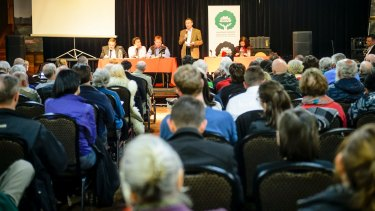 Over 150 people attended a community meeting discussing the proposed Fyshwick recycling plant on Wednesday night.