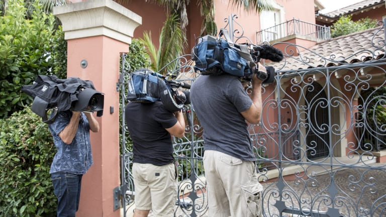 Media outside Communications Minister Malcolm Turnbull's Sydney home on Saturday morning.