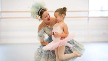 Storytime Ballet's Chantelle van der Hoek with little fan Riley Hamburger.