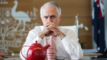 Prime Minister Malcolm Turnbull has failed to impress voters in marginal seats in Sydney and Melbourne.