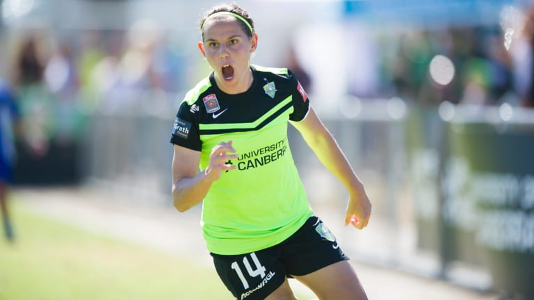 Ash Sykes led the comeback for Canberra, scoring two goals in the first half to share the spoils with Perth.
