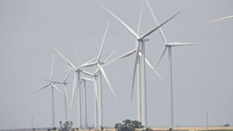 Global spending splurge in renewables.