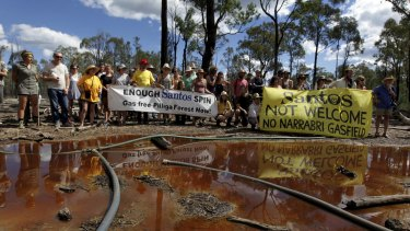Anti-CSG protesters at the site of a Santos CSG well in the Pilliga.