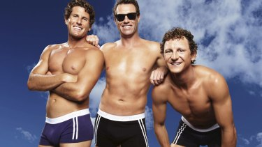 Pacific Brands, the owner of underwear brand Bonds and Sheridan sheets, has received a $1.1 bn offer from HanesBrands.