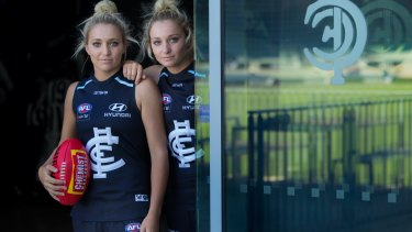 Jess (left) missed last year due to injury while Sarah played every game for Carlton.