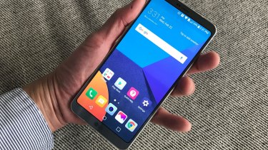 The LG G6 has a larger screen than the G5, but thanks to its skinny bezels it's around the same physical size.