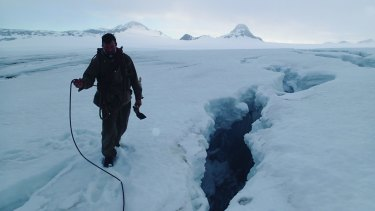 Tim Jarvis's expeditions include retracing the polar journeys of Douglas Mawson and Ernest Shackleton.