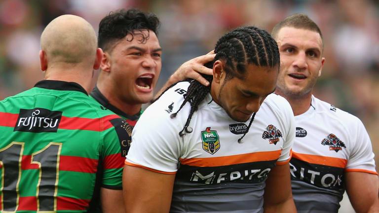 """""""It's all good banter"""": Issac Luke gives Martin Taupau a mouthful on Sunday."""