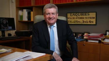 Communicatios Minister Mitch Fifield acknowledged the poor connectivity in suburbs such as Theodore but said the government would not alter the rollout plan.