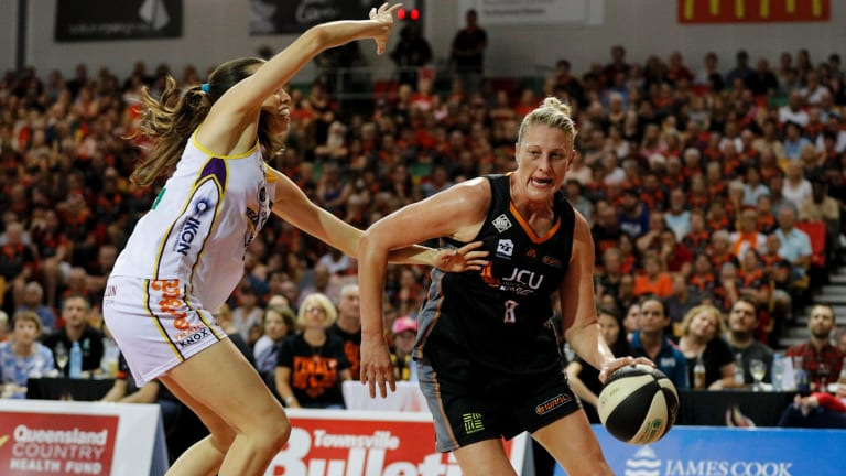 Townsville's Suzy Batkovic charges up the court against the Boomers.