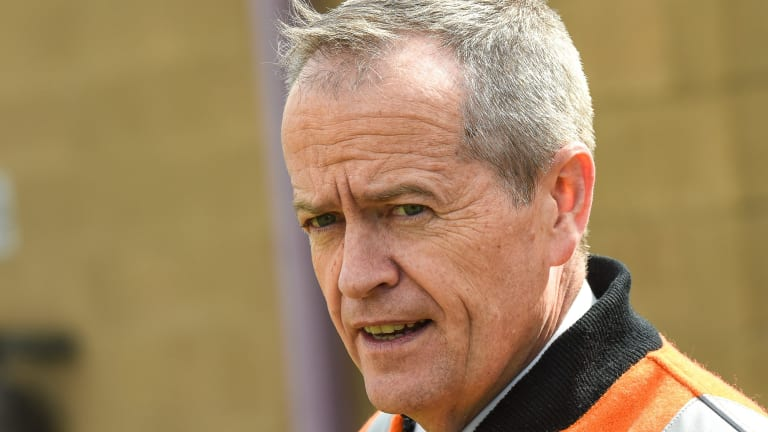 Federal Opposition Leader Bill Shorten wants the national gun amnesty extended, and tougher laws for gun smuggling.