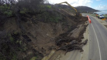 Landslides along the Great Ocean Road have led to road closures.