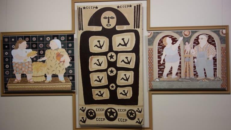 Olga Subbotina, from the series Parade. Double portrait in interior No 2, 2008-09.