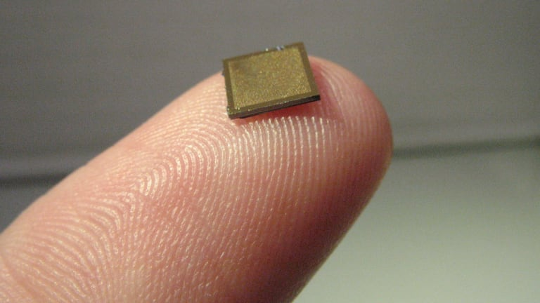 The Nanopatch has thousands of microscopic points, which can inject disease-breaking vaccines into the skin.
